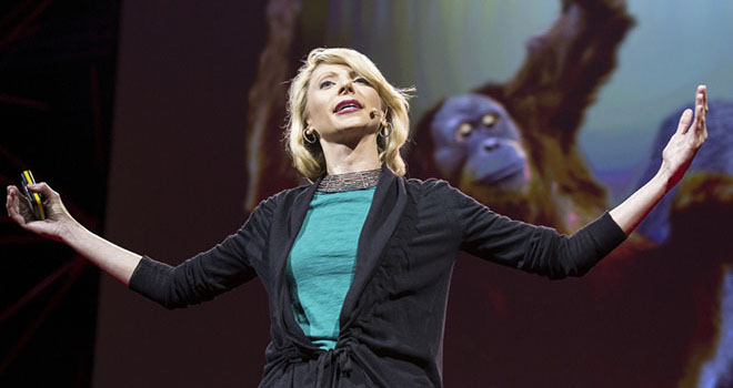 Amy Cuddy demonstrates a power pose